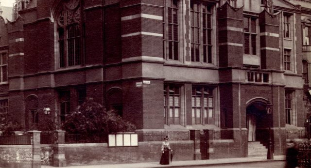 North Kensington Library history